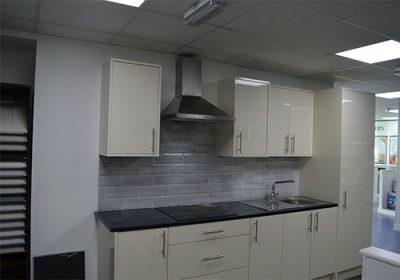topline-rogers-kitchens-sligo-magnolia-acrylic-kitchen-main
